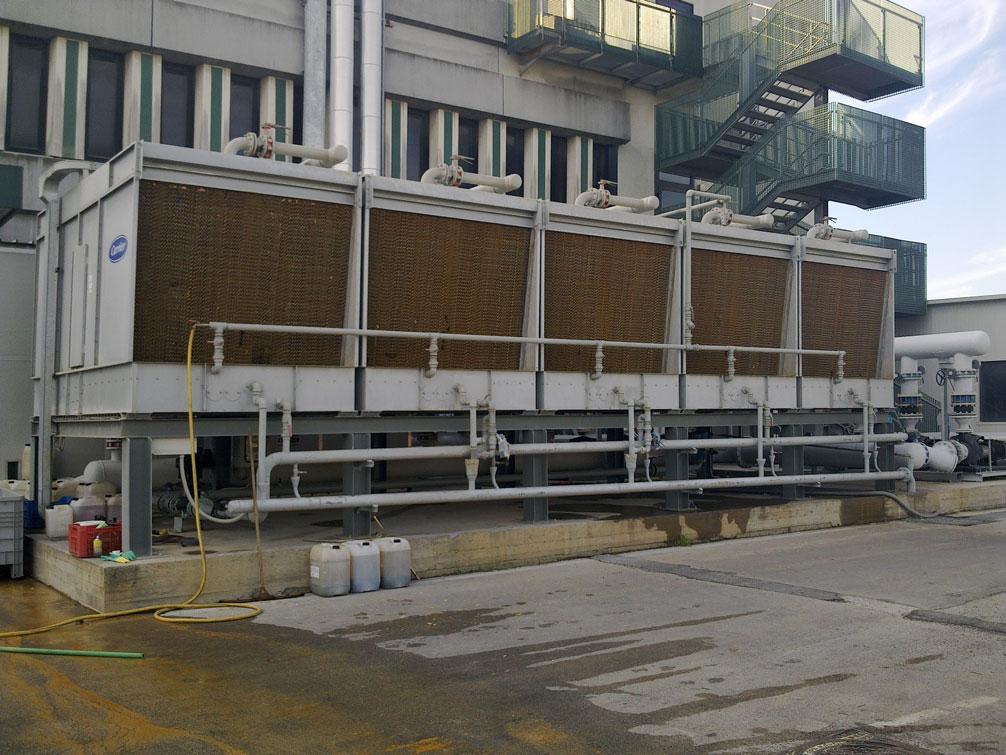 torre-di-raffreddamento-scovolatura-alta-pressione-servizi-tellini-company